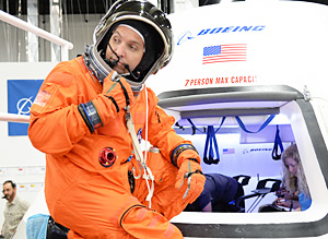 Astronaut Randy Bresnik suited for flight suit evaluations in the Boeing CST-100 mock-up
