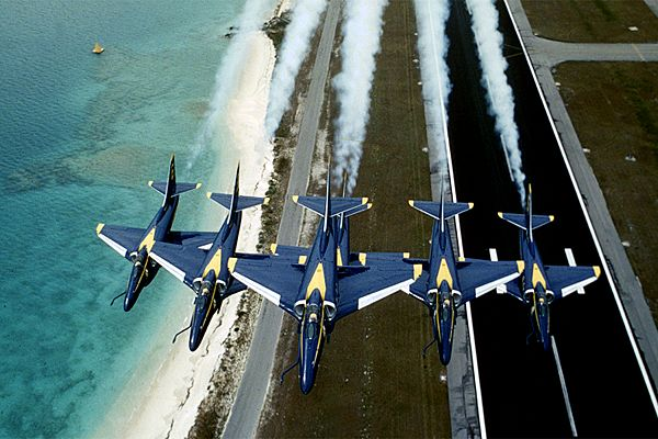 A-4 Skyhawk - Blue Angels in formation, flying low