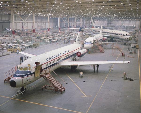 "A ""nagypapa"", avagy a Douglas DC-9-es. (Forrás: Boeing Photo) | © AIRportal.hu"