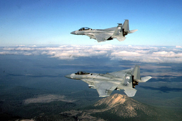 F-15s in flight over southern Oregon