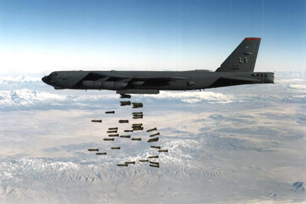B-52 Stratofortress dropping bombs