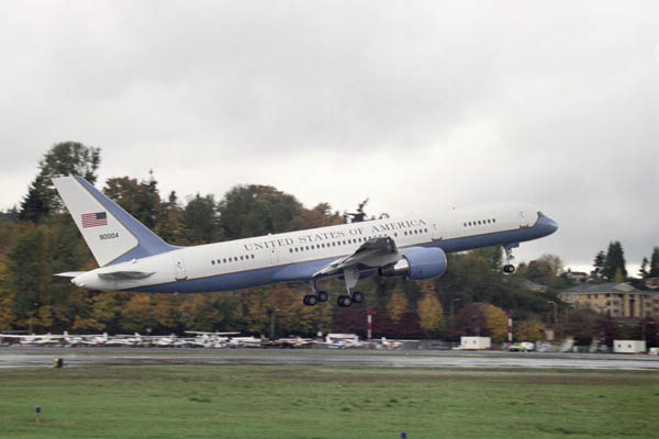 Fourth Boeing C-32A executivetransport makes first flight