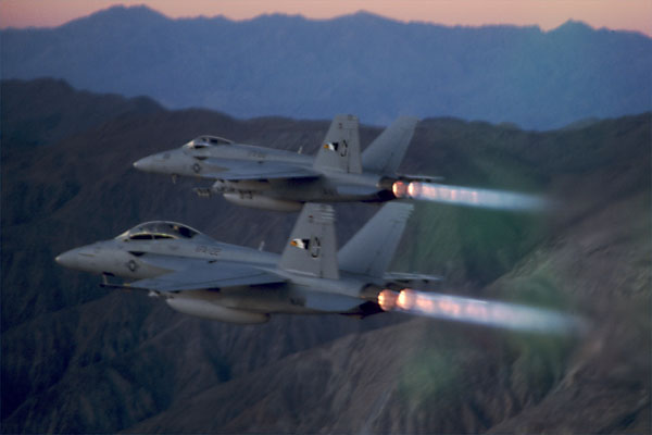 F/A-18 E/F with afterburners