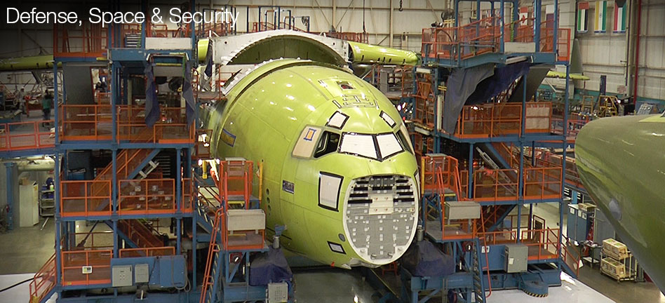 Piecing a C-17 Together (Video)