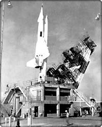 Rocketdyne's first major contract, the Navaho missile propulsion system