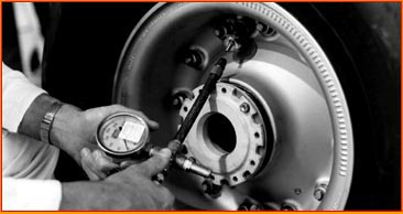 Airplane Wheel And Tire Servicing