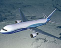 Picture of the 7 6 7 in flight.