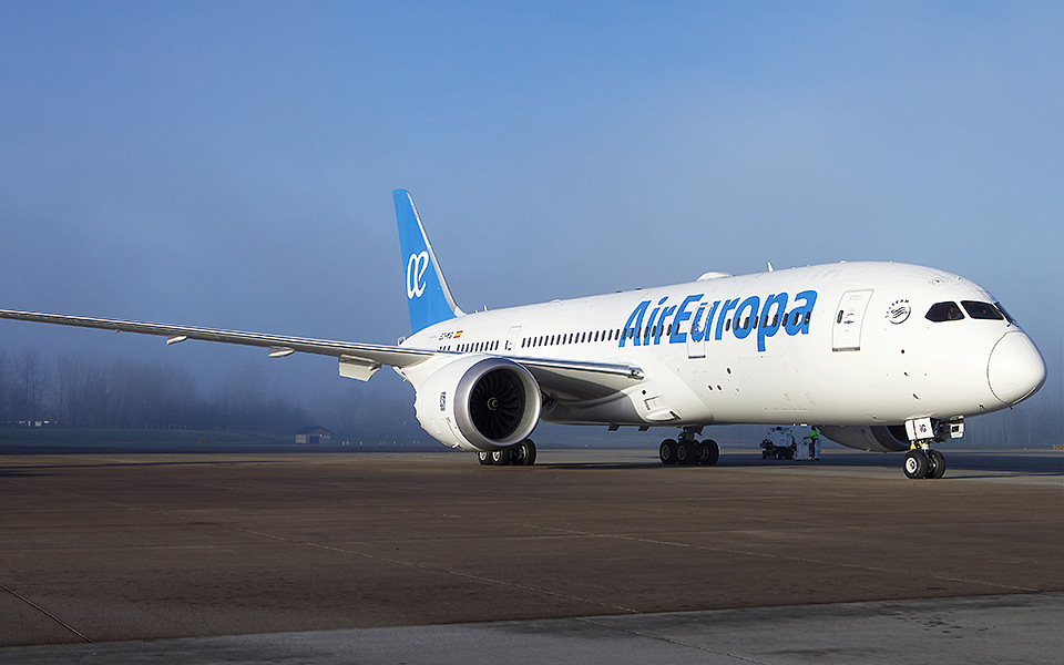 Boeing air europa celebrates delivery of airline s first for Interior 787 air europa