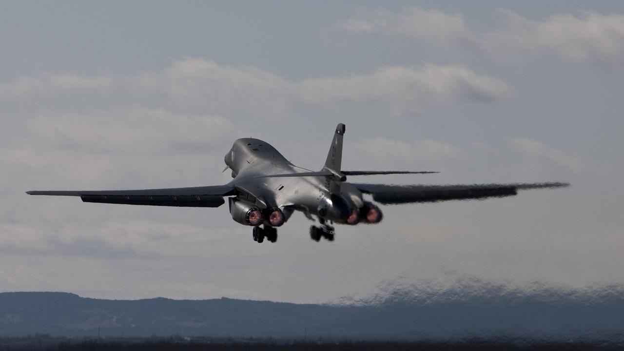 Boeing: B-1B Lancer B1 Lancer Supersonic