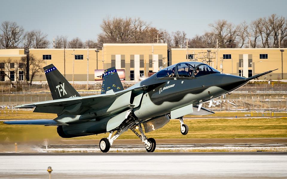 http://www.boeing.com/resources/boeingdotcom/defense/t-x/gallery/t-x_first_flight_returns_960x600.jpg