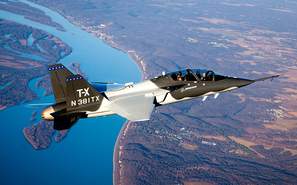 http://www.boeing.com/resources/boeingdotcom/defense/t-x/gallery/t-x_inflight_new1_960x600.jpg