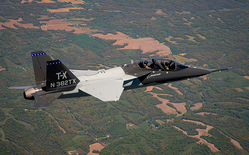 http://www.boeing.com/resources/boeingdotcom/defense/t-x/gallery/t-x_second_first_flight_960x600.jpg