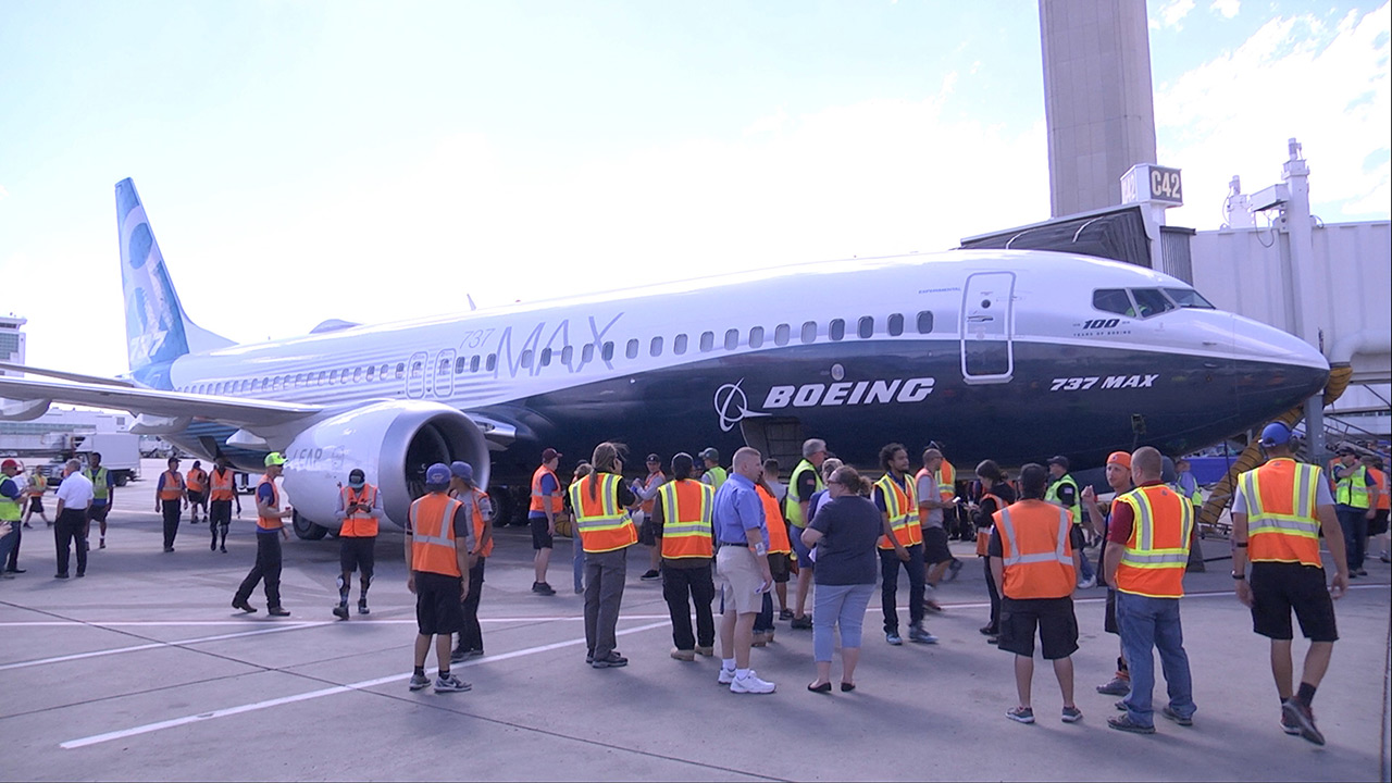boeing corporation essay Management planning paper mgt 330 management planning paper the boeing corporation is the world's leading aerospace company and is the largest manufacturer of commercial jetliners as well as military aircrafts.